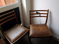 2 dinning table chairs