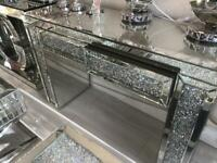 Diamond crush dressing table