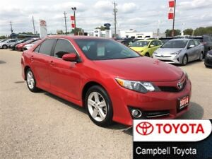 2014 Toyota Camry SE--LOW KM'S--REAR CAMERA--POWER CLOTH