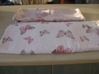Single duvet cover and 2 matching pillow cases