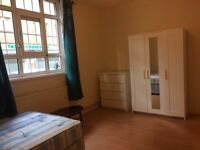 #REDUCED# Double Bedroom To Let in Stepney Green/Whitechapel *Bills Inc**Wi-fi