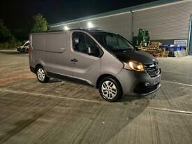 Renault Trafic 2015 (Only 11,500 Miles)