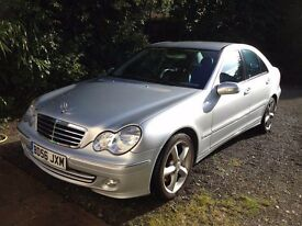 Mercedes Benz C350 4dr Saloon 2006 Silver, Command Nav, Climate, Black Leather, MOT till May '17