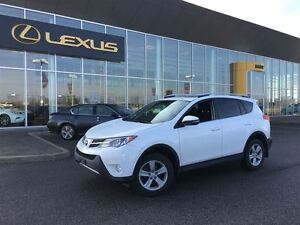 2014 Toyota RAV4 AWD XLE**ONE OWNER**