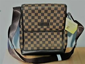 messenger bag by Luis Vuitton -original