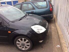 Ford Fiesta 1.4 star & drives Well good crack winscrean Drive away today long mot