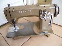 RARE Singer 807 Multi-decorative stitch Industrial sewing machine