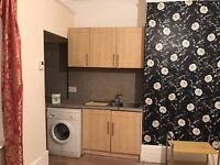 4 BEDROOM...VERY CLEAN HOUSE...NEW BATHROOM, CARPETS, NEWLY DECORATED...MUST SEE ...NEW BOILER
