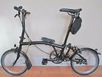 New & Boxed Limited Edition Brompton Folding Bike With A Host Of Accessories