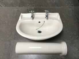 Ideal standard two tap basin 600mm with pedestal