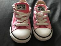 Infant 6 pink converse