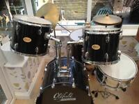 Drum set 7pcs and stool