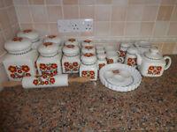 """Set of """"Taunton Vale"""" Orange Daisy China"""