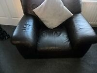 3 piece suite brown leather