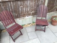 2 Wooden Foldable Garden Chairs