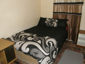 Single Room with Double Bed for Rent....(Private House....NOT an Agency).