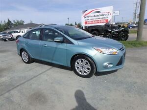 2012 Ford Focus SE! AUTO! HEATED SEATS! CERTIFIED!