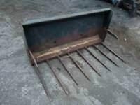 Tractor 5ft front loader dung grape