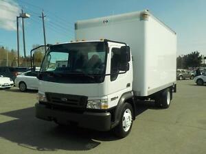 2009 Ford LCF 550 Turbo Diesel Regular Cab Dually 2WD 14 Foot Cu
