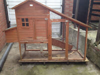 extra large outdoor 2 tier rabbit hutch/ chicen coop with run ***BARGAIN!***