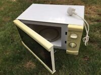 Microwave white (fully working order)