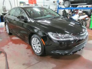 2016 Chrysler 200 LX - Demo Sale - Save! Low km's