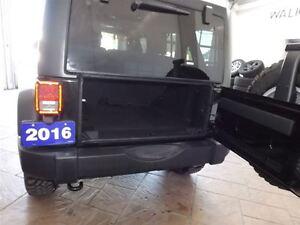 2016 Jeep WRANGLER UNLIMITED RUBICON 4X4 LEATHER NAV TARGA ROOF Kitchener / Waterloo Kitchener Area image 5
