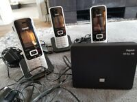 Base Station Gigaset Go Box 100 with Answerphone and 3 hands free phones (Retails at over £180)