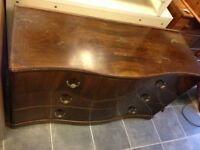 VINTAGE LOVELY CURVED 4 DRAWER SIDEBOARD 2 LONG LARGE DRAWERS 2 SMALLER , IDEAL FOR PROJECT