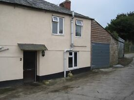 Charming 2 bed semi-detached cottage in rural hamlet 2 miles south of Bodmin