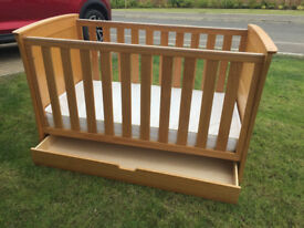 CHILDS COT/BED