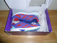 Women's trainers size 6