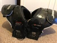 American Football Shoulder Pads Size L