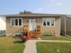 $788,000 - Bungalow for sale in Edmonton - Central