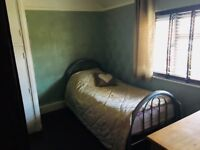 Lovely cosy clean room to rent