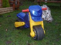 MOLTO Balance Motorbike.