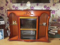 Electric Fire with surround in excellent condition
