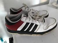Adidas trainers / size 9.5 / as new condition