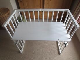 babybay midi square white co sleeping cot , next to me , bassinet, crib baby bay