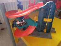 Cars track
