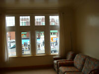 Roundhay S/C 1 bed Flat Refurbished