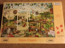 New 1000 piece garden scene jigsaw puzzle -a perfect Christmas present!