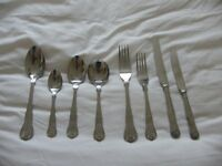 Cutlery - 8 place settings