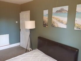 Available - Double room to rent near to St Pauls PE1