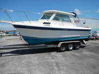 25ft. Cherokee Hardtop Express Boat, 1992 hull