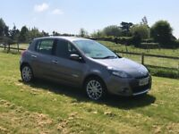 RENAULT CLIO DYNAMIQUE DCI TOMTOM 2010 5 DOOR FULL SERVICE HISTORY £30 A YEAR TAX BRAND NEW MOT