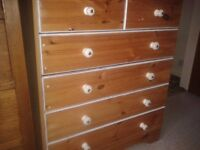 "SHABBY CHIC CHEST OF SOLID WOODEN DRAWERS,31""W X 38""H X 16""D .6 DRAWER, WHITE HANDLES,GOOD CONDITION"