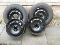 VAUXHALL VIVARO STEEL WHEELS X4 AND TWO NEW TYRES 2125/65/R16C