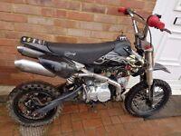 140cc pit bike/ pitbike fast!!! dirt bike/ scrambler/ supermoto/ demon x/ stomp/ ktm/ thumpstar