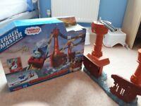 Thomas tank engine trackmaster set